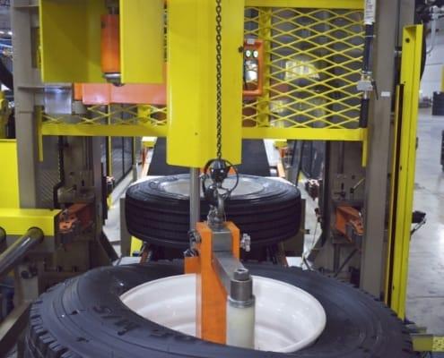 Caminhão pneu trocador