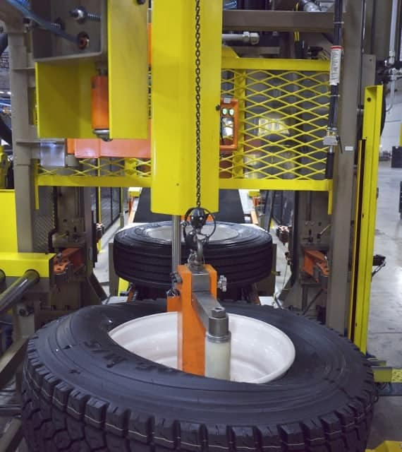 Truck tire changers