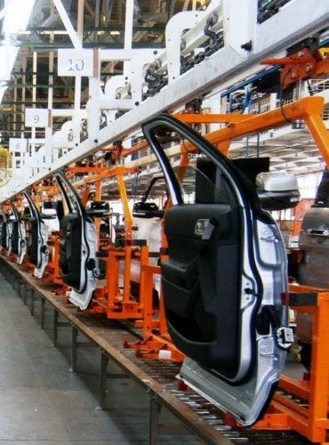 Power and free conveyor