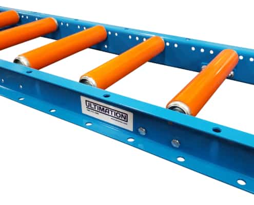 Roller conveyor with roller covers